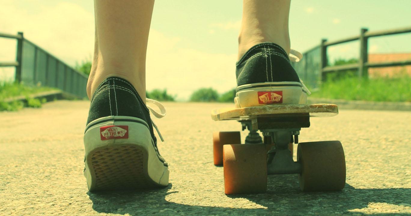 Lima Hal Yang Diperhatikan Skater Saat Memilih Sneakers Vans Varka V130 Sepatu Sneaker Casual Pria